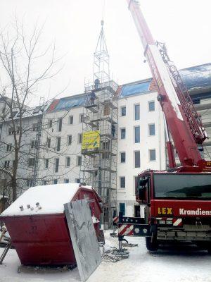 Gürtelstraße_Gerüst_Fahrstuhl